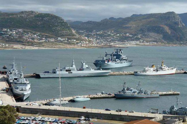 Resultado de imagen de base naval de simons bay