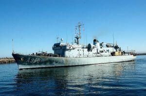 belgian navy ship visits luanda